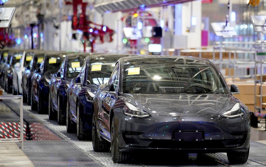 Tesla - Cina