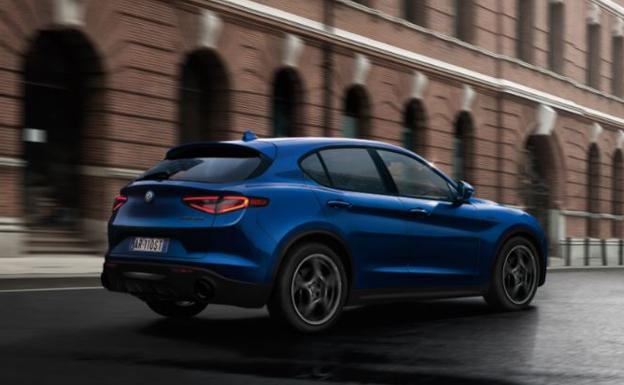 Alfa Romeo Stelvio Sprint Plus