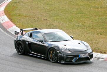 "Porsche 718 Cayman GT4 RS: test al Nurburgring senza ""veli"""