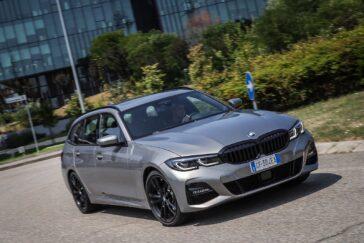 BMW Serie 320e Touring: la station wagon ibrida plug-in