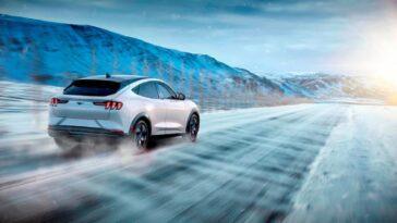 Ford Mustang Mach-E: riscontrati problemi di surriscaldamento