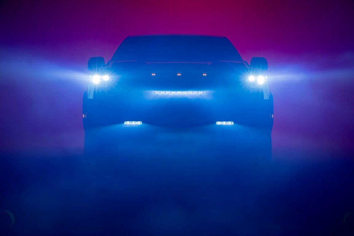 Toyota-Tundra-Teaser