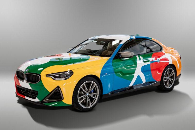 BMW M240i Coupé trasformata in una Art Car in Messico