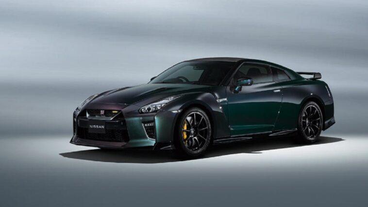 La nuova Nissan GT-R arriva con nuovi colori
