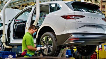 La Repubblica Ceca combatte il divieto dei motori a combustione interna dell'Unione europea
