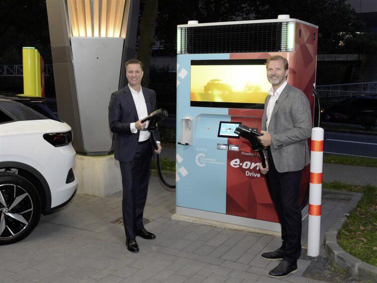 Volkswagen e E.ON: arriva la collaborazione per la realizzazione di una nuova stazione di ricarica rapida