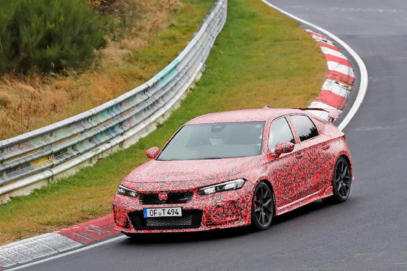 Honda Civic Type R 2023 avvistata sul circuito del Nurburgring