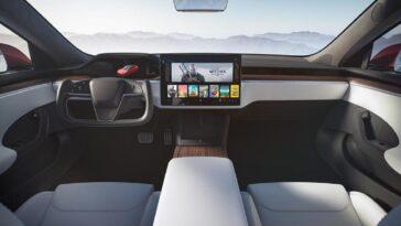 Tesla: gli aggiornamenti possono risolvere il problema del volante